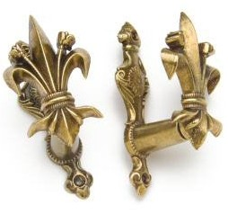Gold-tone fleur-de-lis pistol and sword hangers.  Also available in silver.