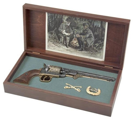 Pewter and brass engraved 1851 Navy Revolver in a wood presentation box with cavalry insignia and Confederate hat pin, colorized engraving in lid.